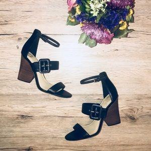NEW 🔥Vince Camuto VP-Annzley Block Heel Sandals